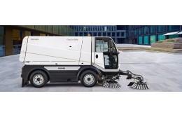 Полный ассортимент машин Bucher для эффективной очистки поверхностей